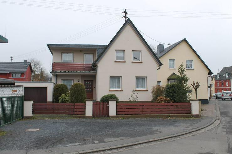 Oberdollendorf: Familienparadies mit riesigem Garten - Haus mieten - Bild 1
