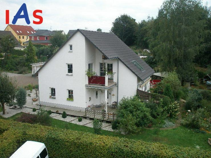 *Ruhe genießen* auf dem Land im neuen schmucken Haus... und in Kürze in der Stadt! - Haus kaufen - Bild 1