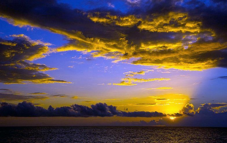 Bild 10: Segeln im Traumrevier Seychellen auf Katamaran