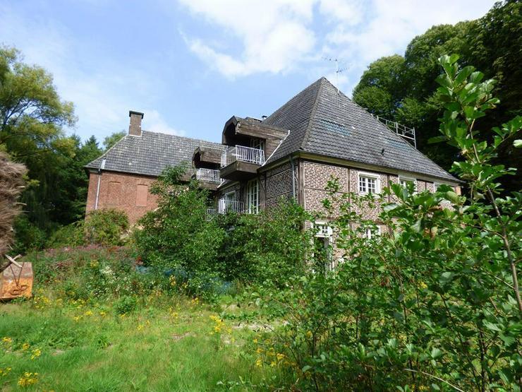 Bild 6: Denkmalgeschütztes Anwesen auf idyllischem Grundstück (ca. 70.000 m²)