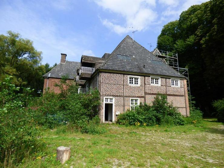 Bild 5: Denkmalgeschütztes Anwesen auf idyllischem Grundstück (ca. 70.000 m²)
