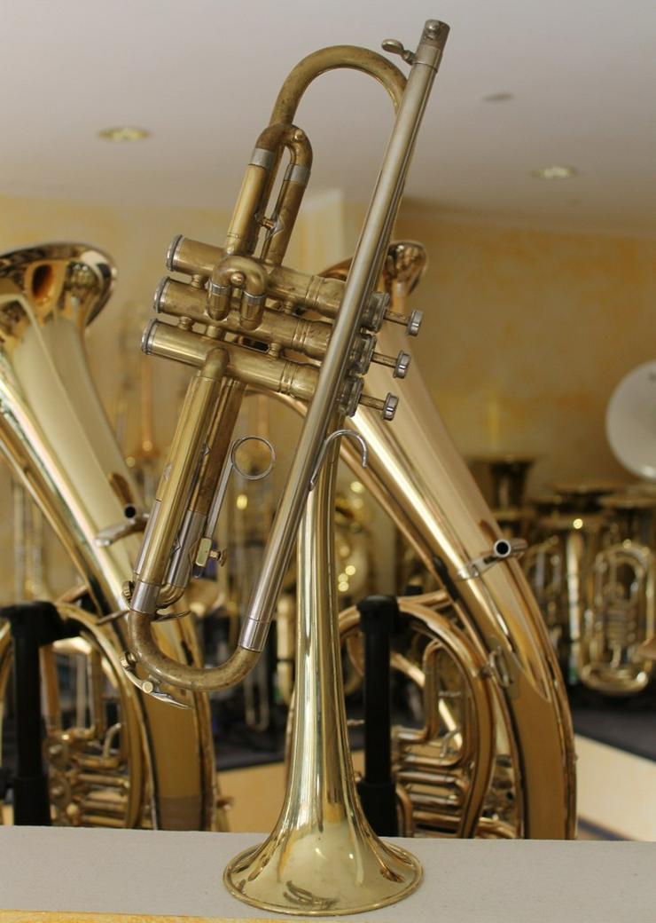 Bild 13: King Cleveland Superior Gillespie Trompete