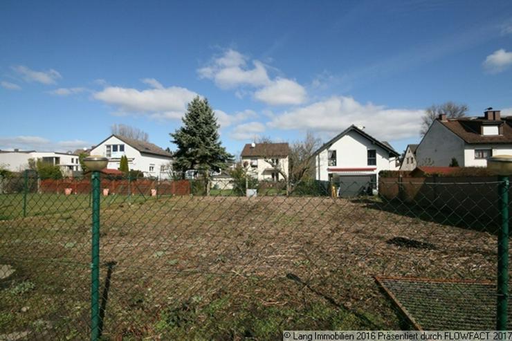 Bild 6: Freies Grundstück + Geräumige Doppelhaushälfte mit 7 Zimmern im Doppelpack zu verkaufen...