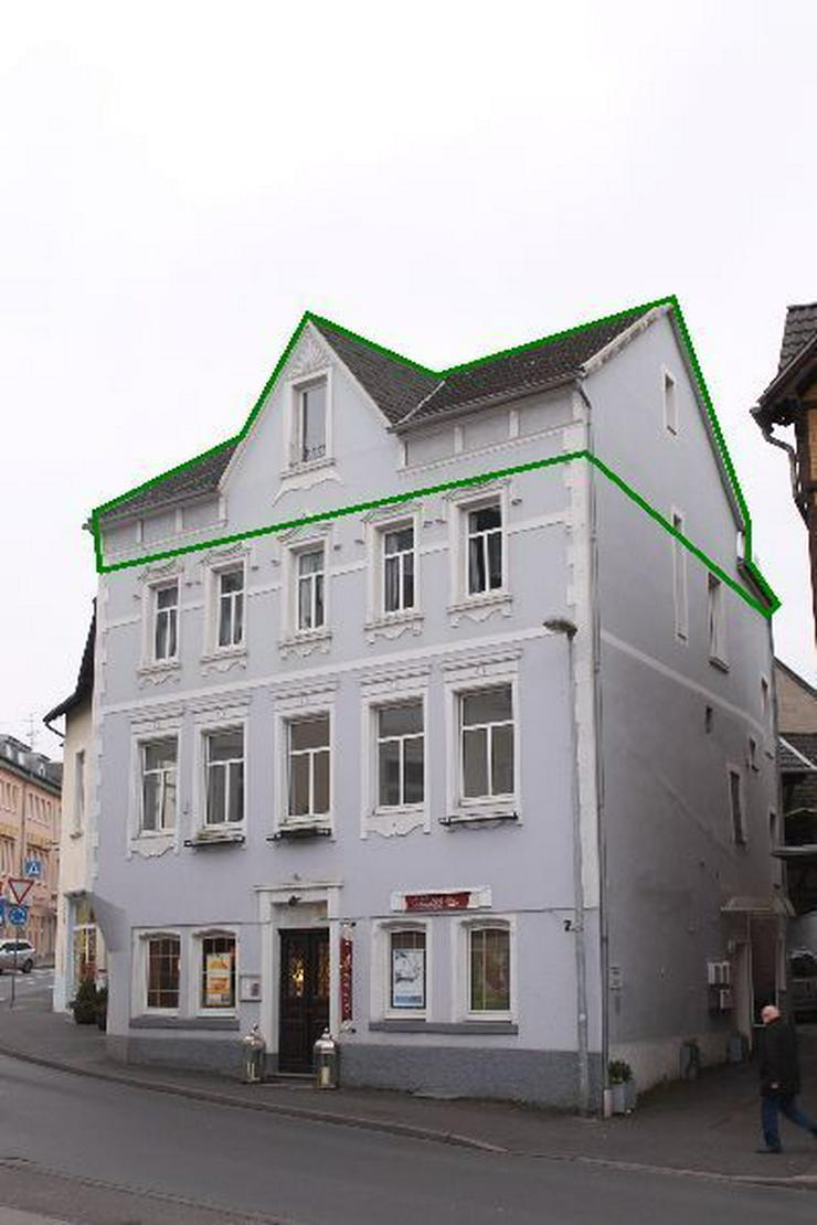 Bild 2: Über den Dächern von Oberpleis!