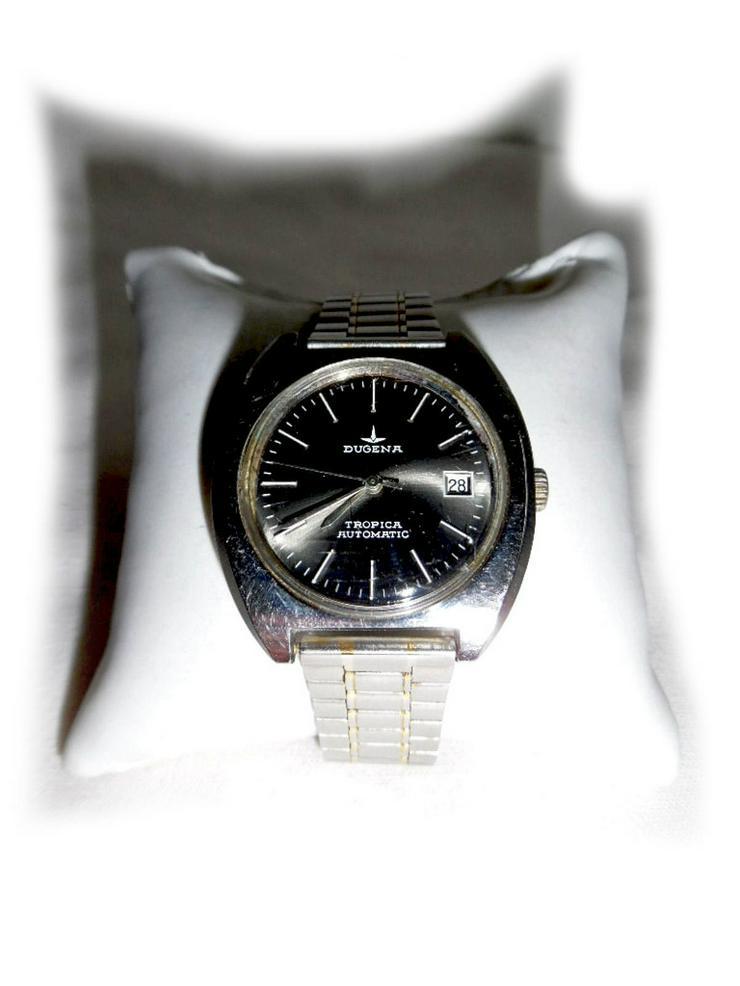 Große Armbanduhr von Dugena