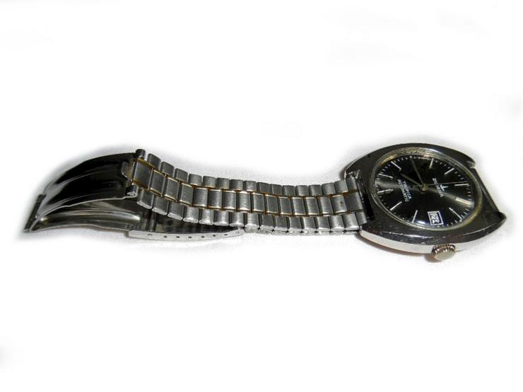 Bild 2: Große Armbanduhr von Dugena