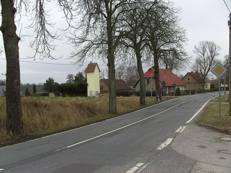 Bild 10: Baugrundstück zwischen zwei Seen nahe Rostock-Laage!