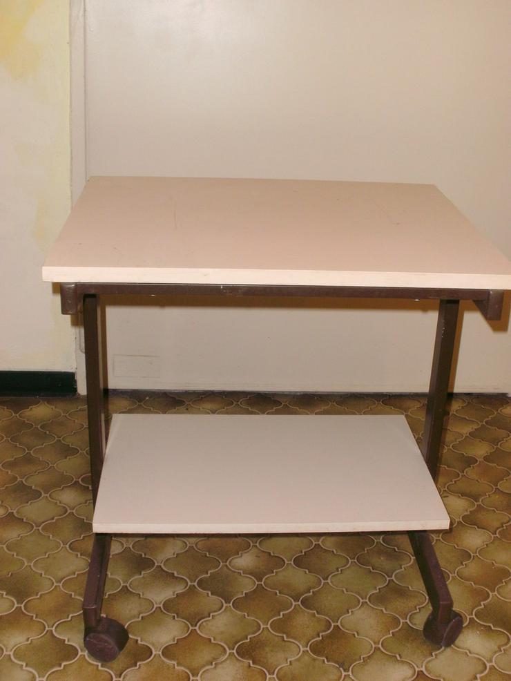 Universaler fahrbarer Tisch, beigefarben
