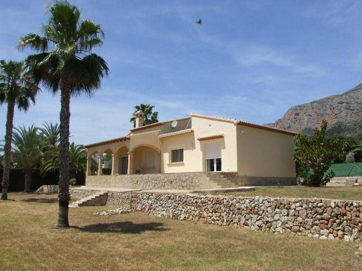 Bild 2: JAVEA: Seniorenfreundliche & Barrieefrei Villa 202 m² in ruhiger Villengegend in der Regi...