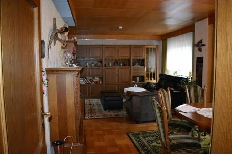 Bild 5: ORENHOFEN: Ein- Zweifamilienhaus 127 qm - Ausbaureserven - Garage und einer Werkstatt in N...