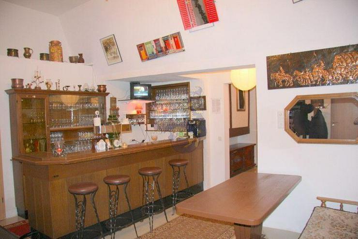 Bild 5: Renoviertes Gästehaus mit Gastronomie & 8 Zimmern in idyllischer Lage von Gummersbach -5 ...