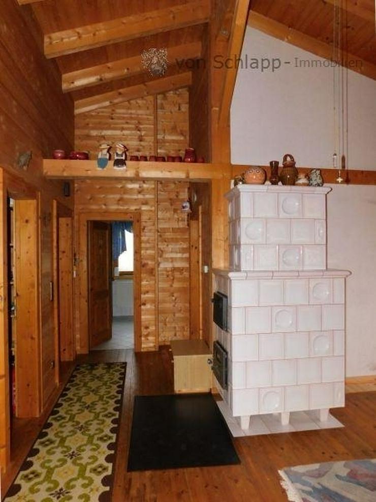 Bild 5: NIDDA-OT: Landhausidylle pur im wunderschönen Holzhaus mit großem Garten! - von Schlapp ...