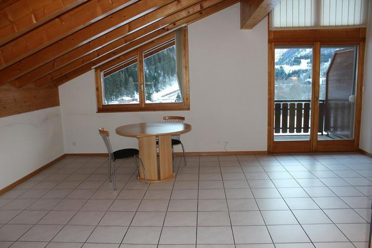 Lees, neuwertige 2.5-Zimmerwohnung in Leukerbad - Wohnung kaufen - Bild 1