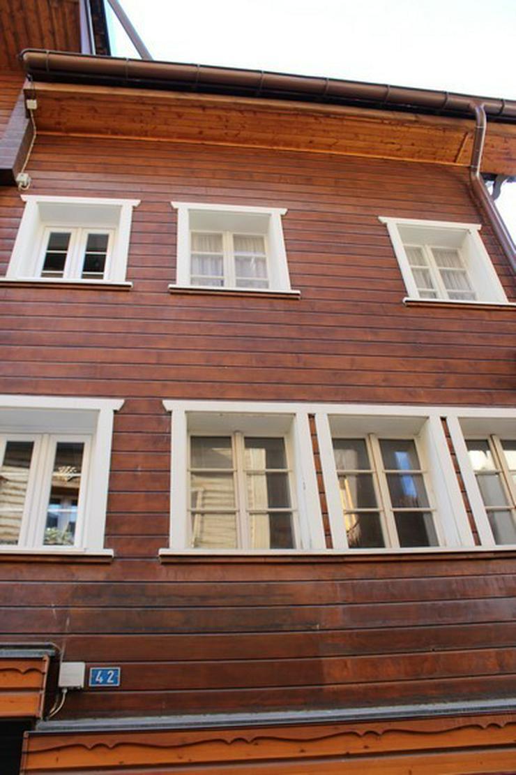 Bild 2: Haus IM HOF mit 2 grossen Whg in Leukerbad