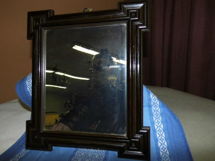 Antiker Spiegel im Jugendstilrahmen um 1910 /