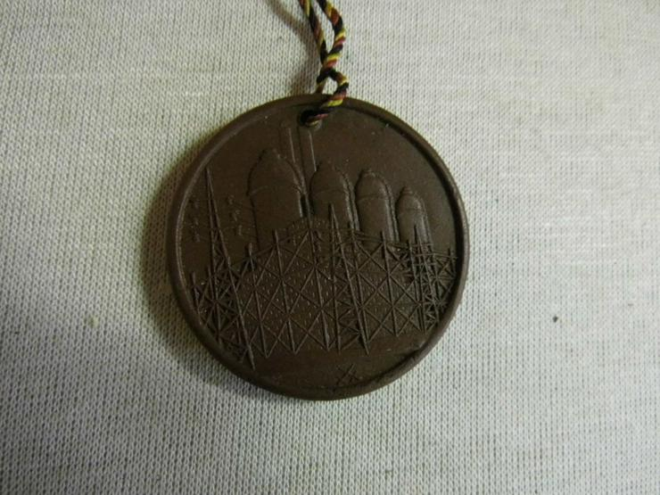 Bild 4: Medaille Meissen - Böttger Keramik Technische