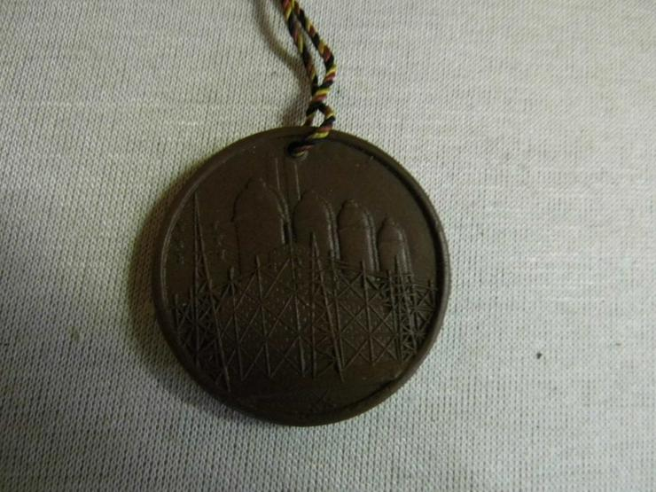 Bild 5: Medaille Meissen - Böttger Keramik Technische