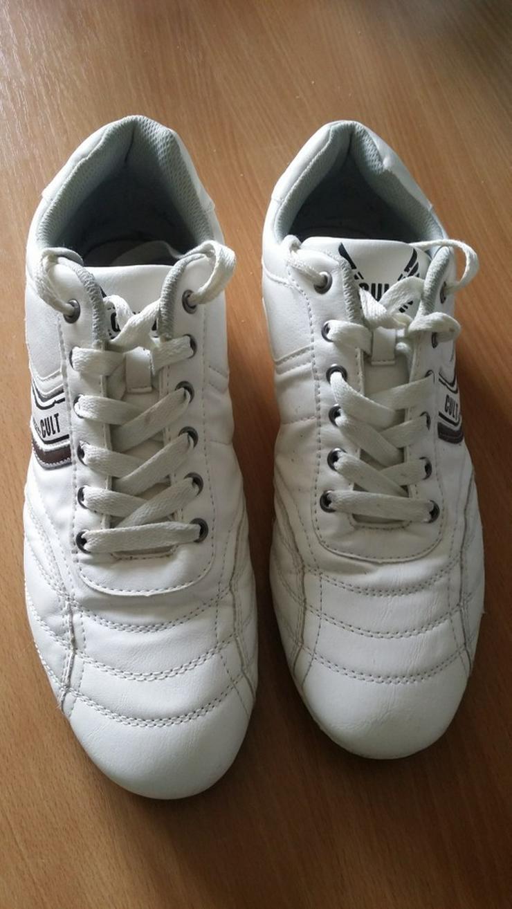 Weiße Sneaker (Größe 42/43) - fast ungetragen - Bild 1