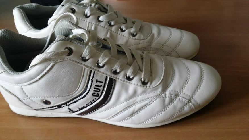 Bild 2: Weiße Sneaker (Größe 42/43) - fast ungetragen