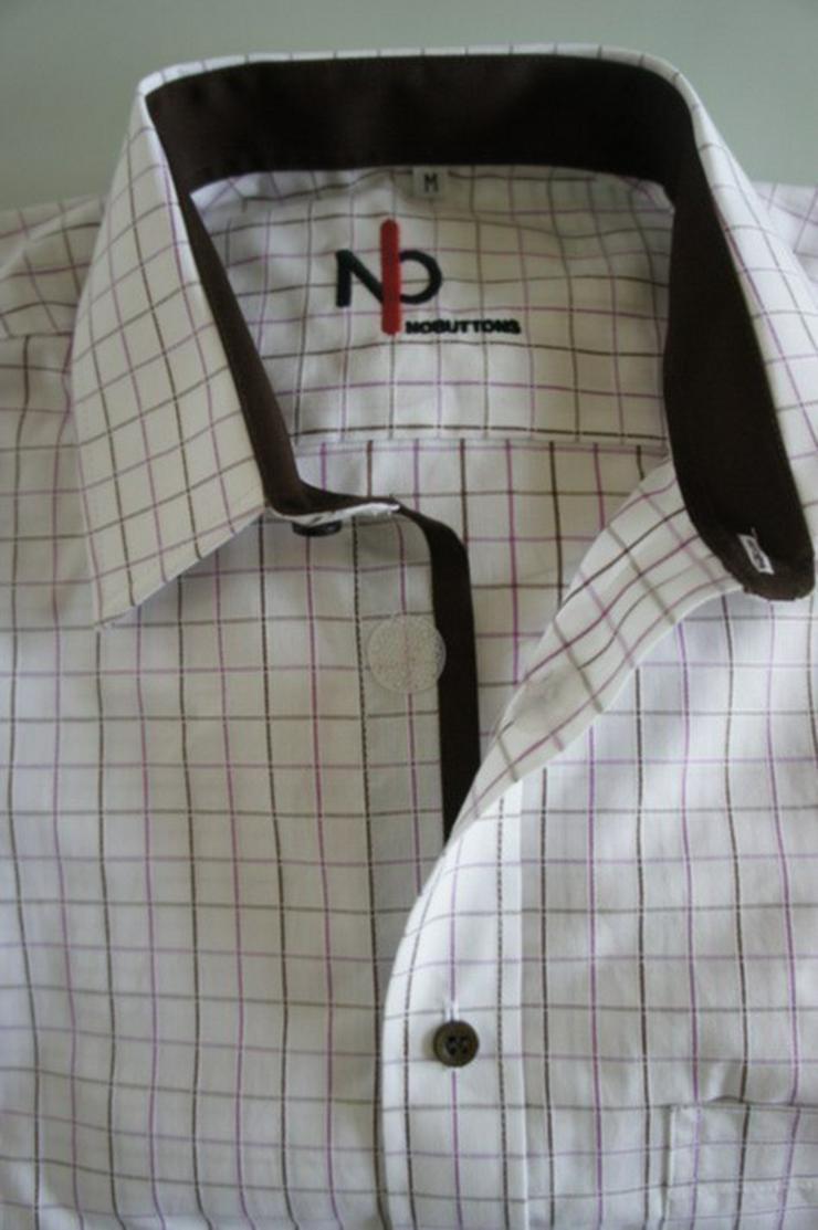Bild 6: Herrenhemden mit Klettverschluss.Einfach offnen