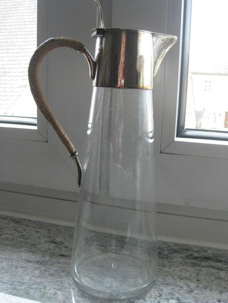 Bild 2: Karaffe aus Glas