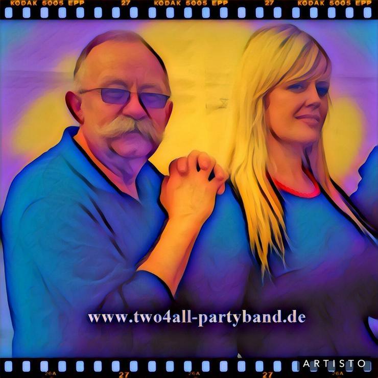 two4all-partyband Für Feiern mit kleinem Budget