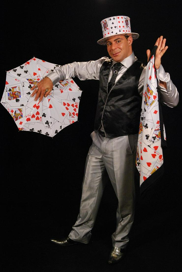 Zauberkünstler Alex Naili