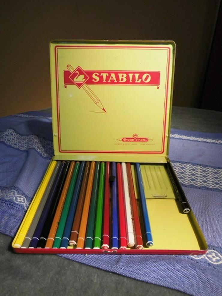 Ältere Blechschachtel für 24 Buntstifte um 196