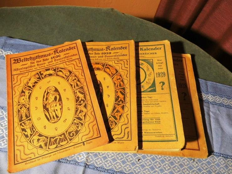 4 antike astrologische Bücher / Weltrhytmuskal - Religion & Lebenshilfe - Bild 1