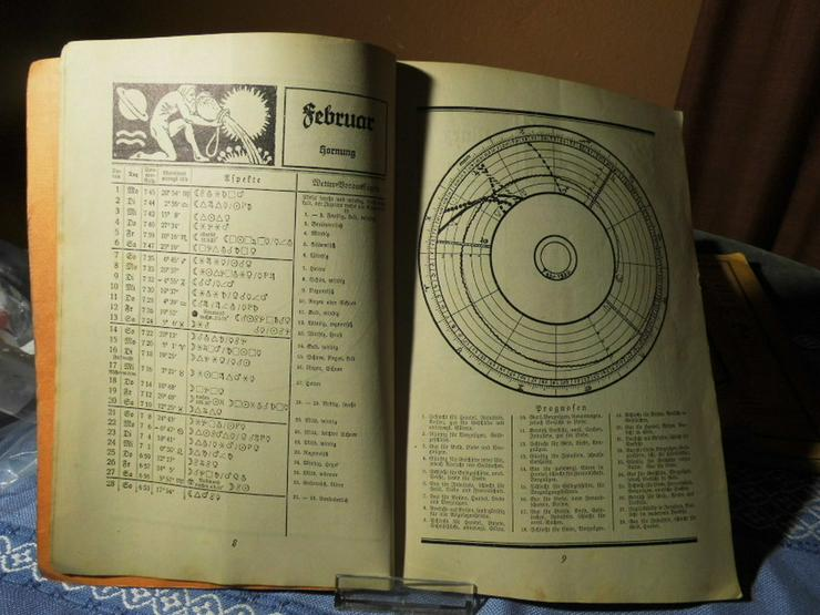 Bild 2: 4 antike astrologische Bücher / Weltrhytmuskal