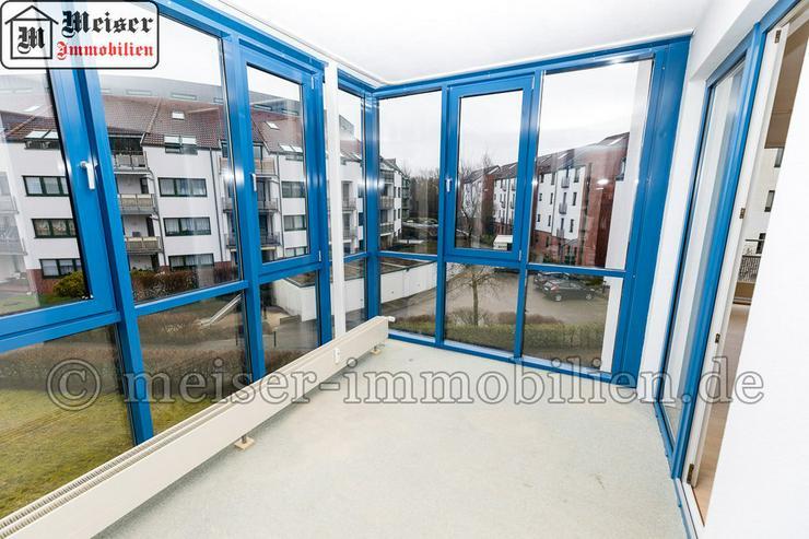 Bild 4: * Wintergarten*Balkon * großes Wohnzimmer * EBK * Tageslichtbad * Garage