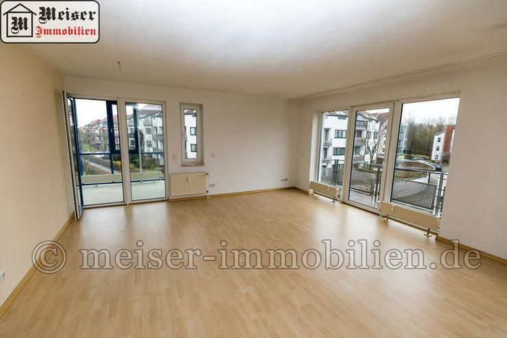 Bild 2: * Wintergarten*Balkon * großes Wohnzimmer * EBK * Tageslichtbad * Garage
