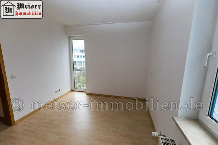 Bild 5: * Wintergarten*Balkon * großes Wohnzimmer * EBK * Tageslichtbad * Garage