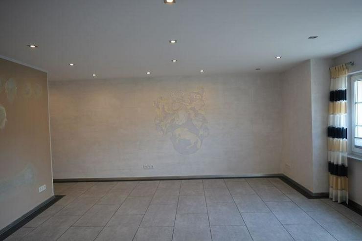 Bild 6: Schönes Einfamilienhaus - 160 qm - mit sonnigen Terrasse und Garten ? direkt zum einzie...