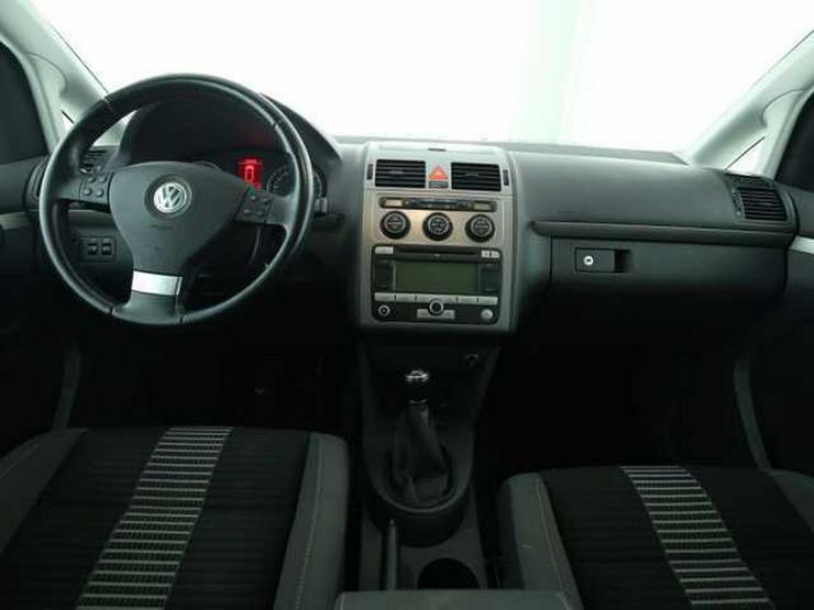 Bild 4: VW Touran 1.4 TSI United Sitzhzg Klimaautomatik