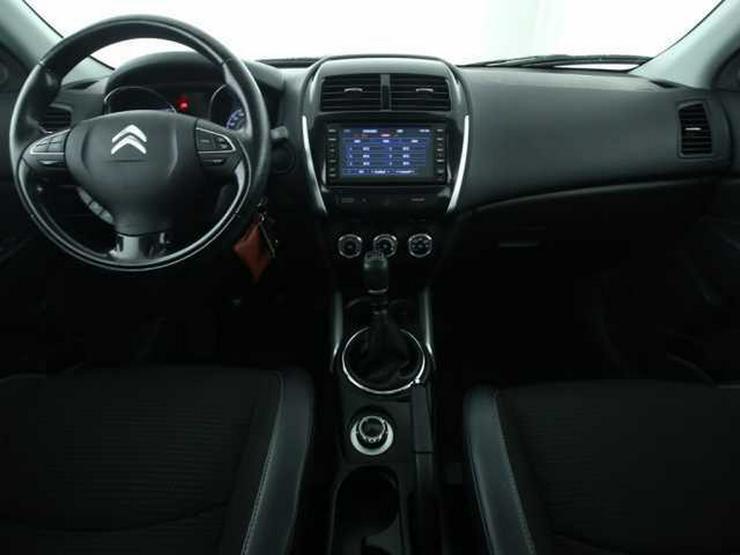 Bild 4: CITROEN C4 Aircross HDi 115 Tendance 4WD PDC Panorama
