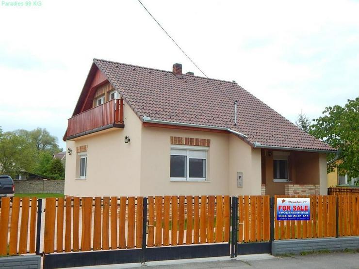 Bild 5: Neuwertiges Wohnhaus in Plattenseenähe