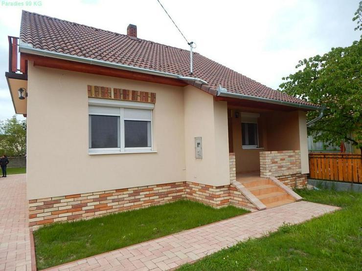 Neuwertiges Wohnhaus in Plattenseenähe - Auslandsimmobilien - Bild 1