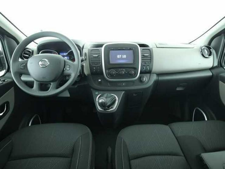Bild 4: NISSAN NV300 L2H1 2,9 dCi125 9-Sitzer Premium Navi Kamera