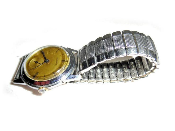 Bild 4: Elegante Junghans Armbanduhr