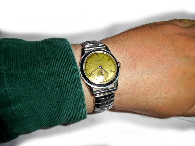 Bild 5: Elegante Junghans Armbanduhr