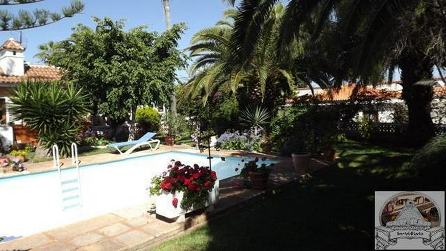 Bild 5: Einfamilienhaus in Ruhiger Lage mit Garten und Pool