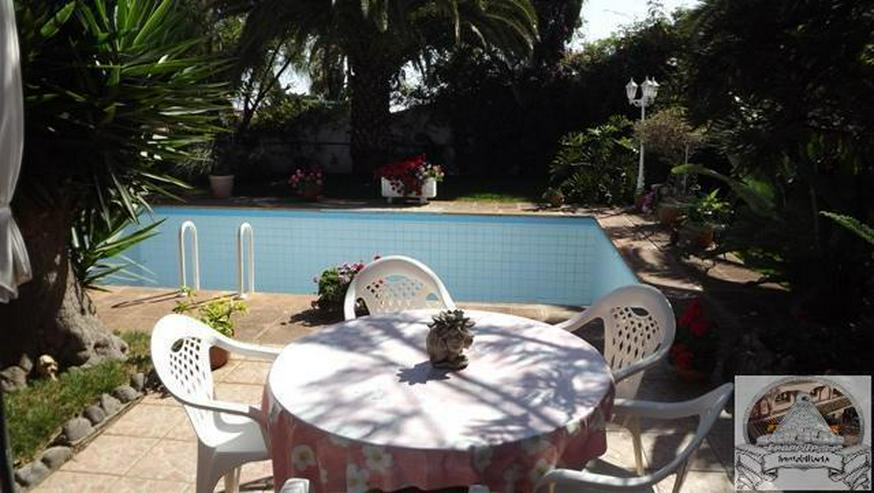 Bild 3: Einfamilienhaus in Ruhiger Lage mit Garten und Pool