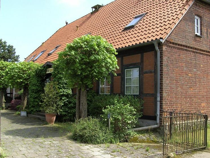 Bild 2: Landgasthof...