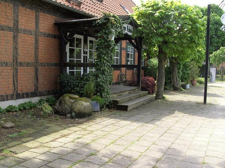 Bild 6: Landgasthof...