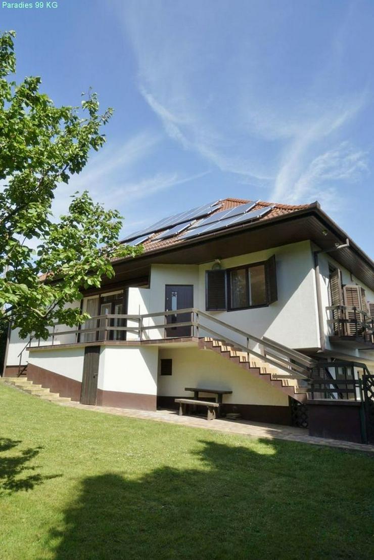 Bild 4: Wohnhaus bei Thermalbad