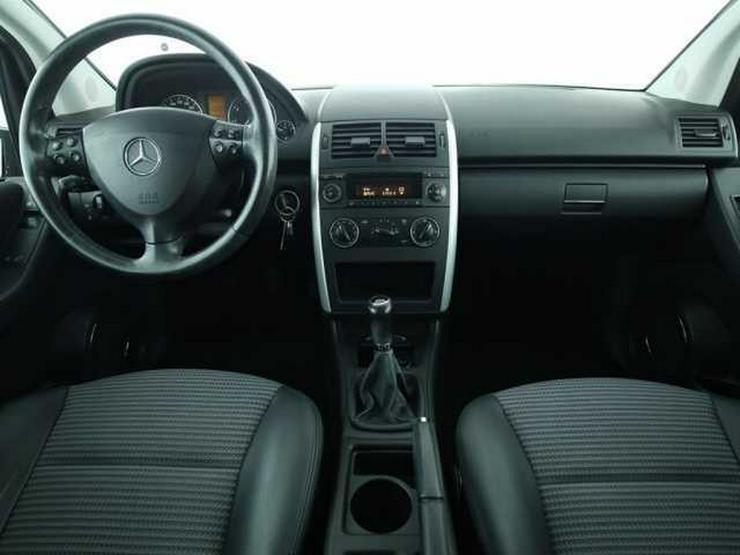 Bild 4: MERCEDES-BENZ A 150 Avantgarde Klimaanlage Nebel Radio-CD