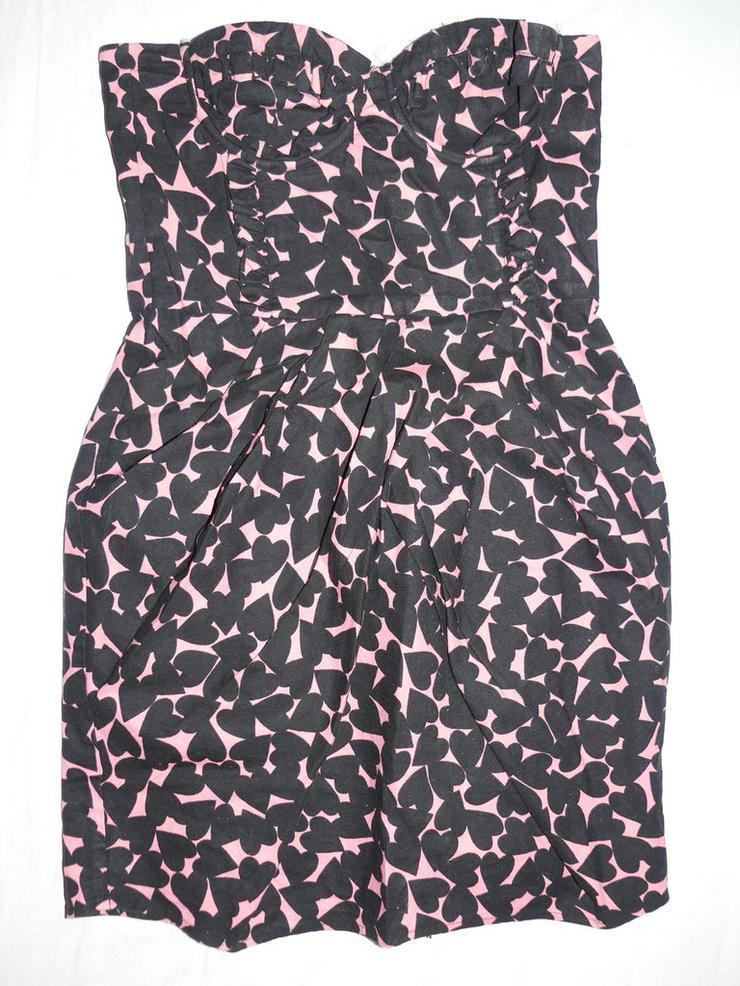 schwarz-pinkes Kleid mit Herzen, Größe XS
