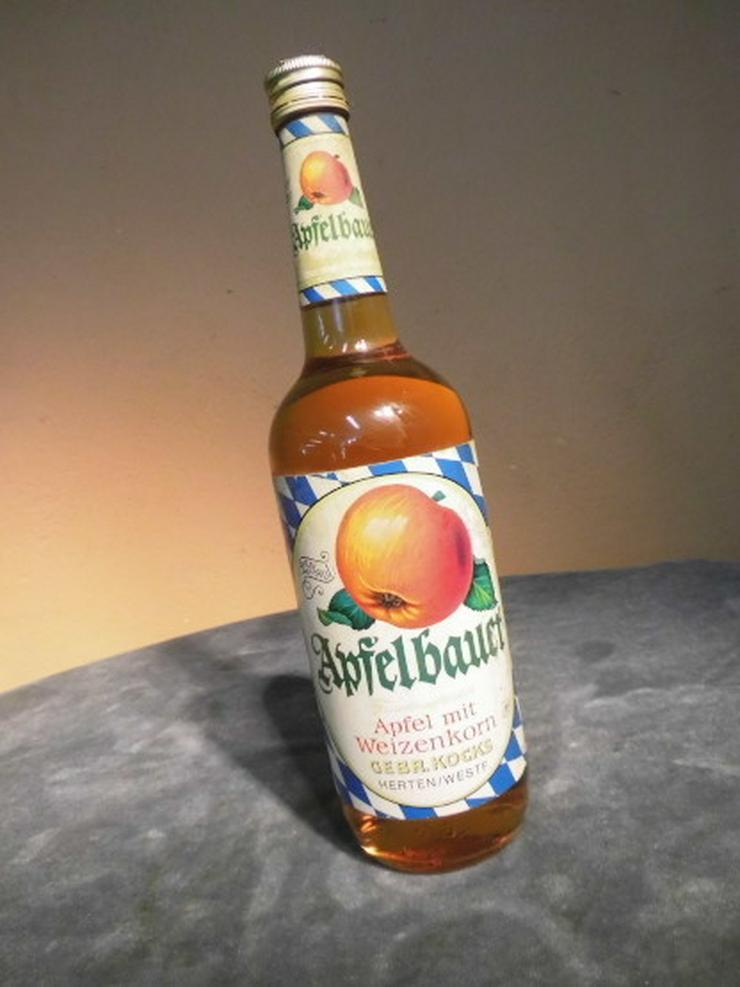 Alte Flasche Apfelbauer, Apfel mit Weizenkorn,