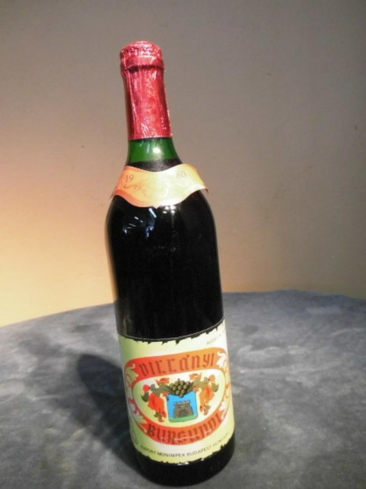 1 Fl. alter ungarischer Wein VILLANYI BURGUNDI